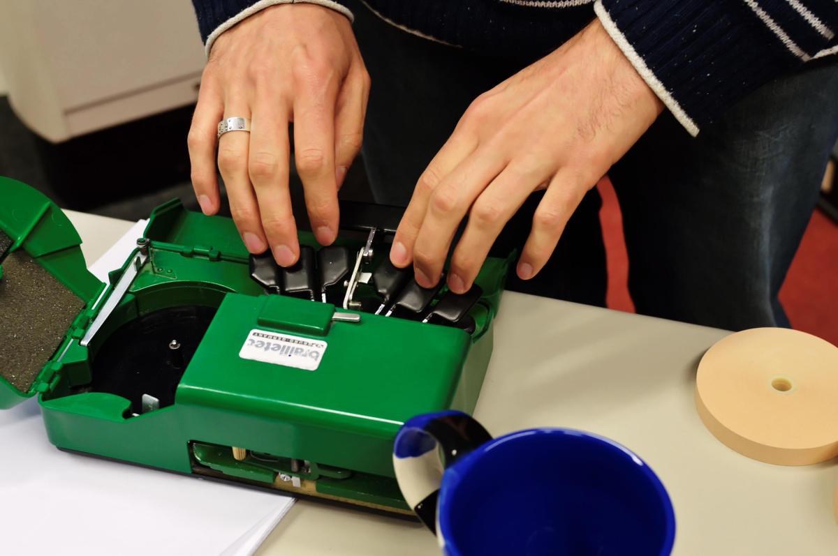 Braille-Streifen-Drucker