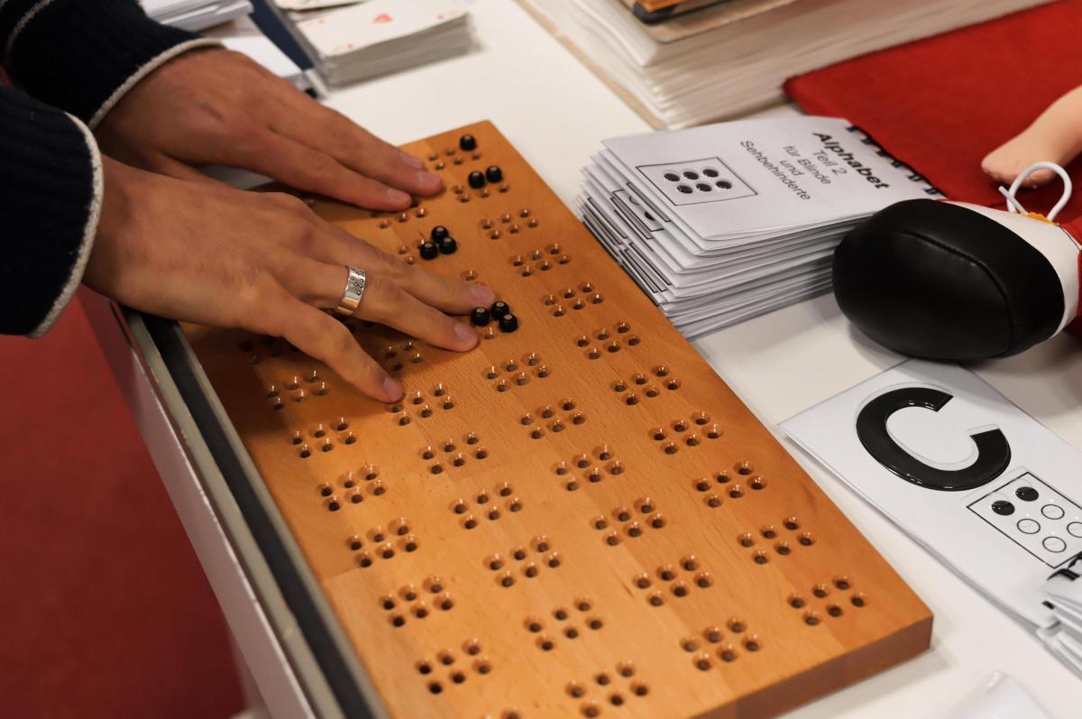 Braille-Lernbrett
