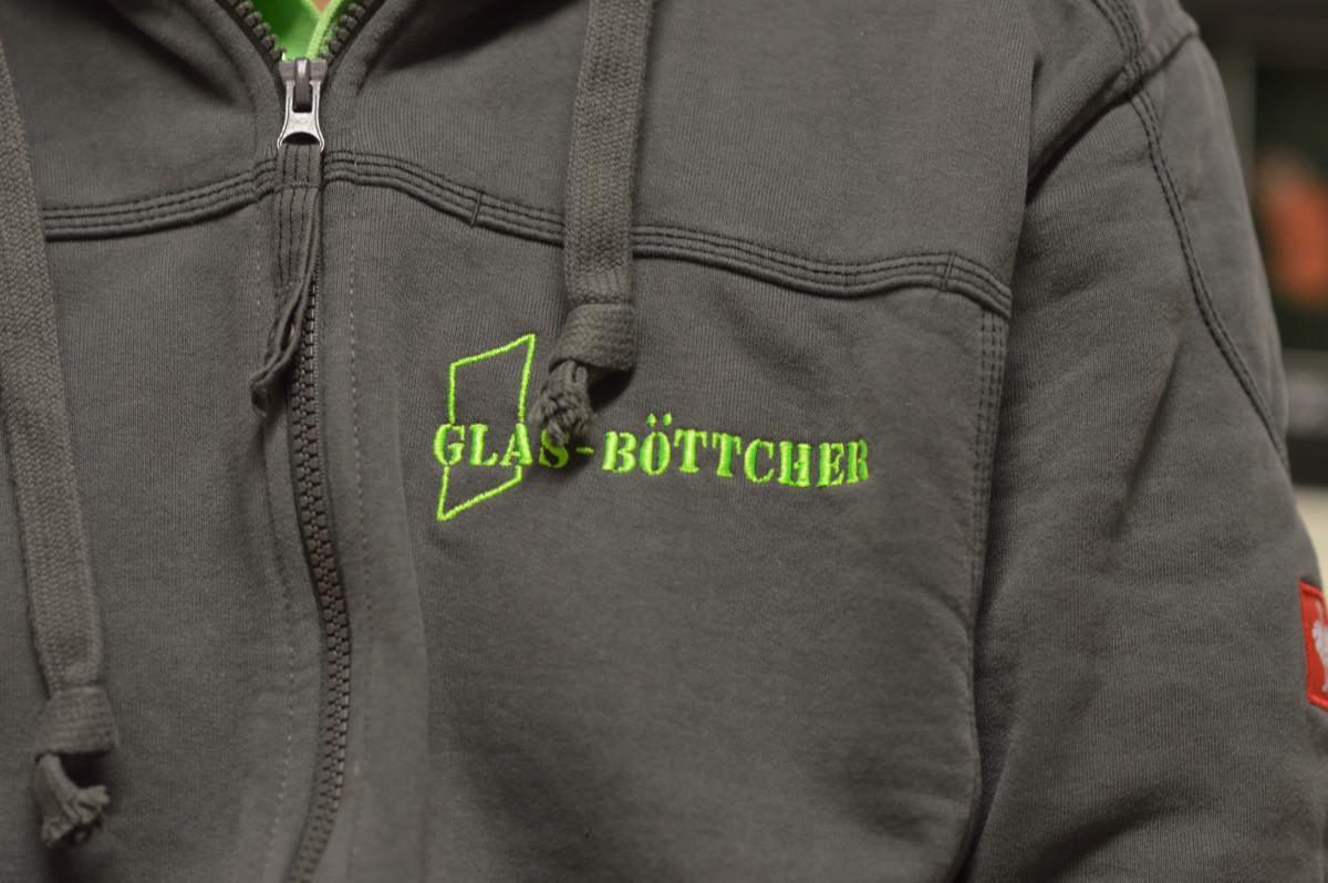 Jacke mit Aufdruck Glas-Böttcher