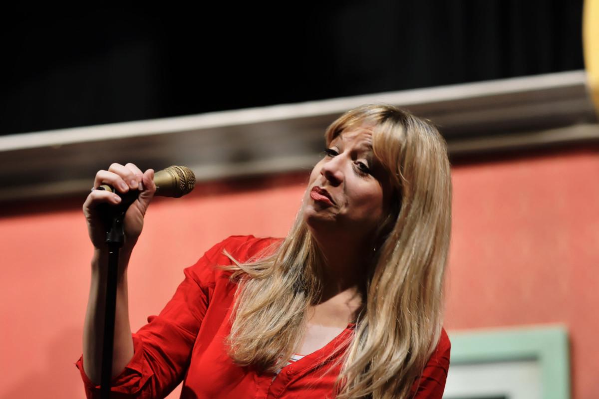 Mirja Regensburg auf der Bühne